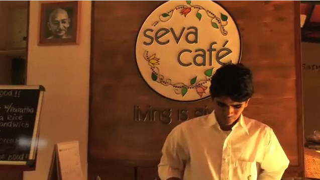 Café in Gujarat spurs strangers